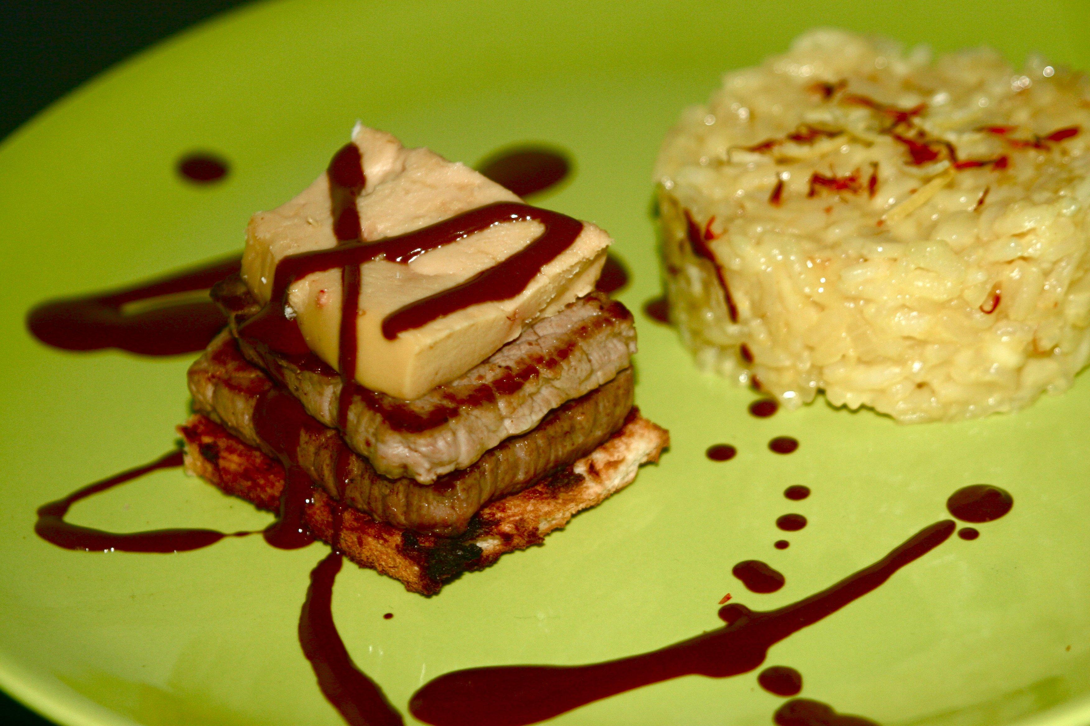 Tournedos rossini sauce chocolat-piment