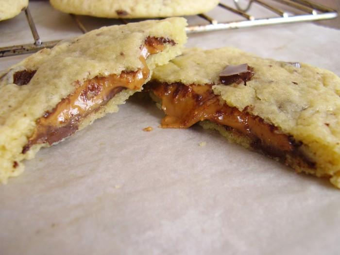 Cookies fourrés aux Reese