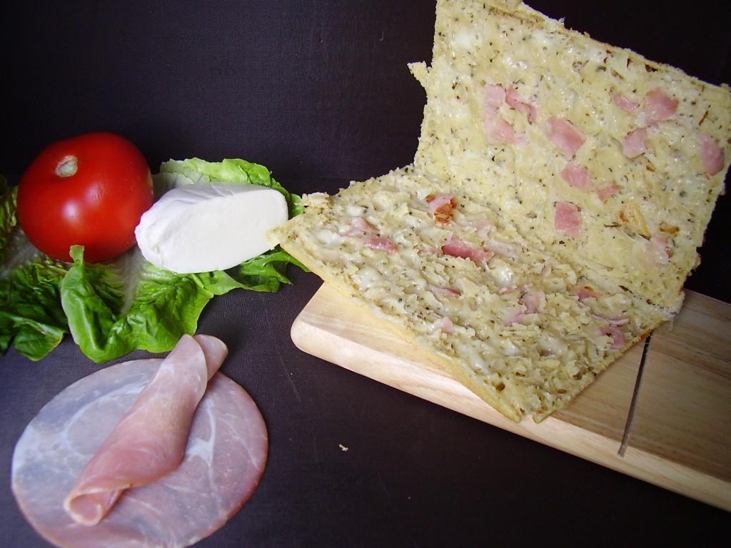 Voilà à quoi sa ressemble de l'intérieur (c'est peut-être là que j'aurais du tartiner de la sauce tomate ou de la tapenade!)