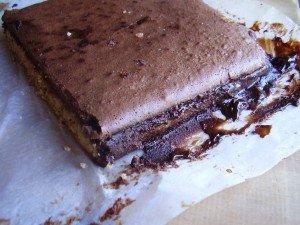 hummm tout ce caramel qui s'est répandu partout en se mélangeant au chocolat...