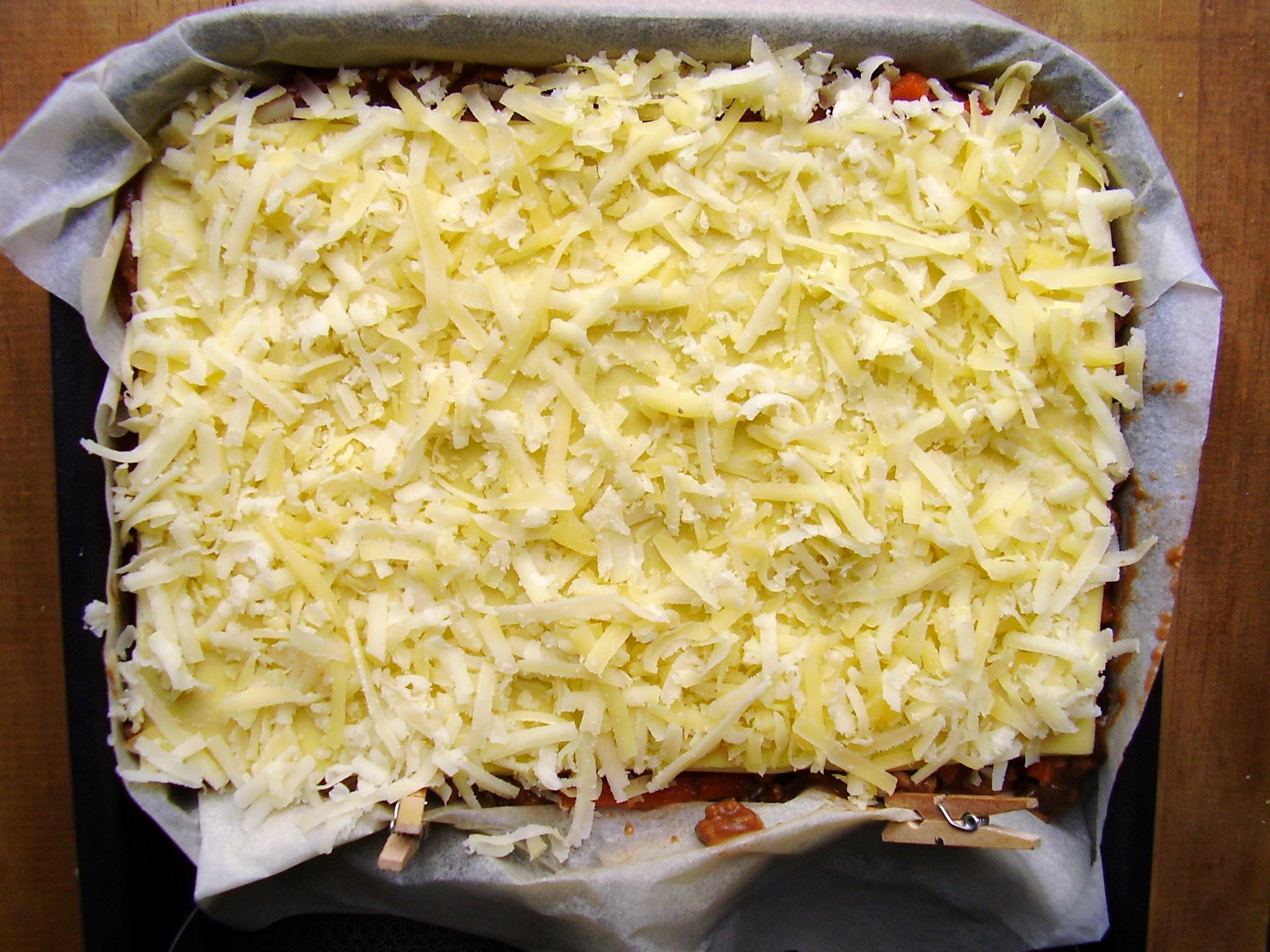 une belle portion de fromage râpé