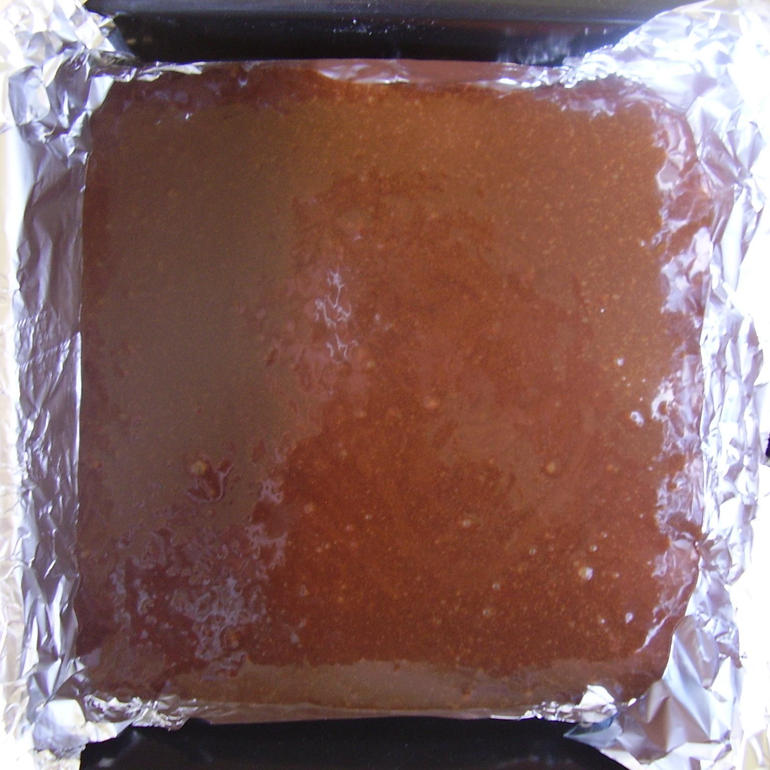 on verse la pâte à brownie
