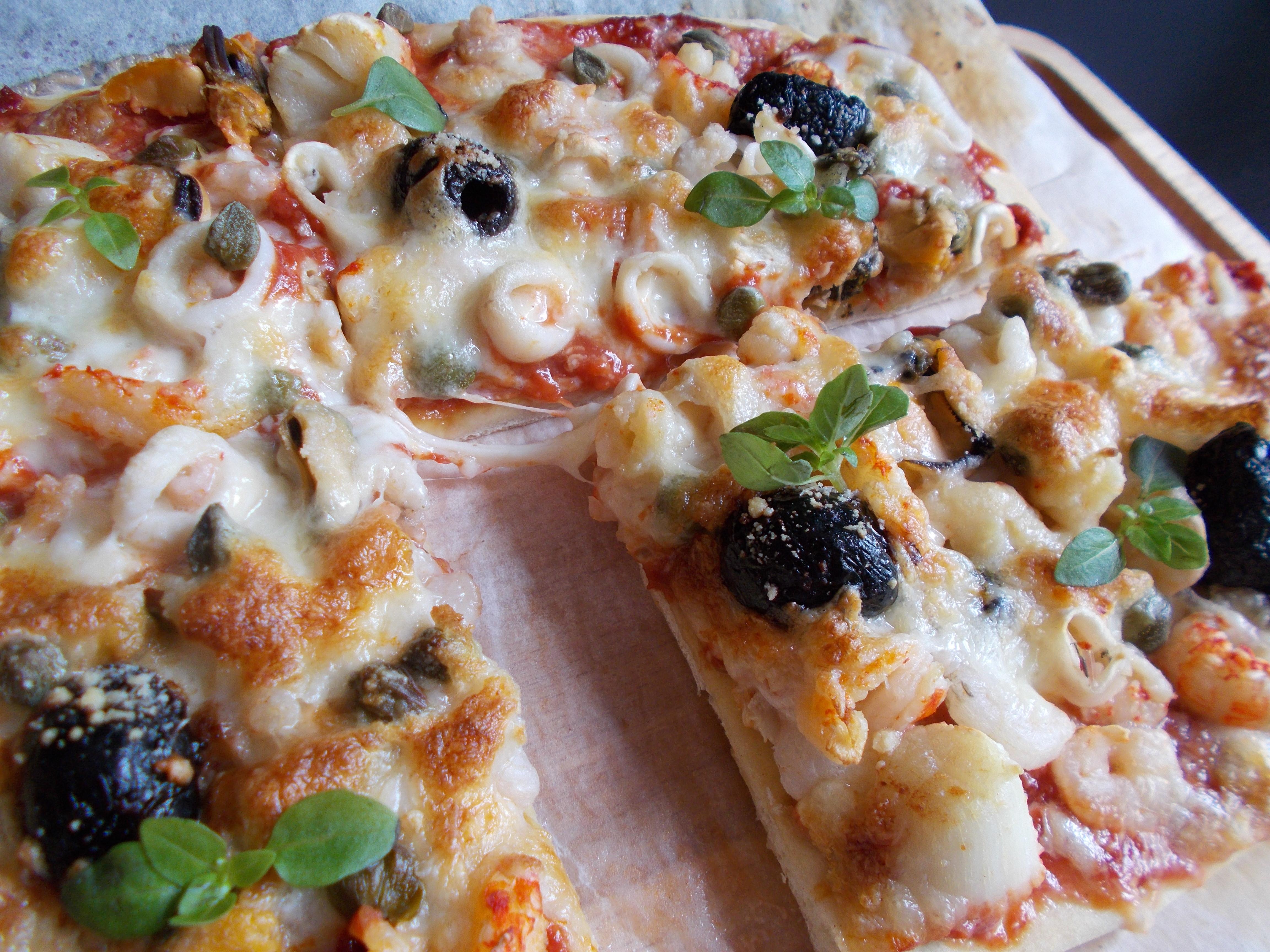 pizza aux fruits de mer toque de choc. Black Bedroom Furniture Sets. Home Design Ideas
