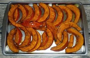 Potimarron aux épices rôti au four par Cuillère, aiguille et scie sauteuse