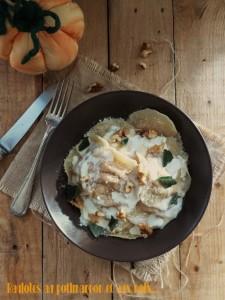 Ravioles aux noix et potimarron par La gourmandise est un joli défaut