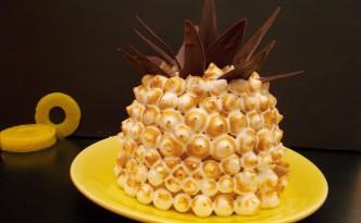 Gâteau ananas-coco meringué
