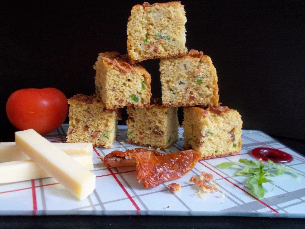 Cake Farine De Mais Tomate Sechee