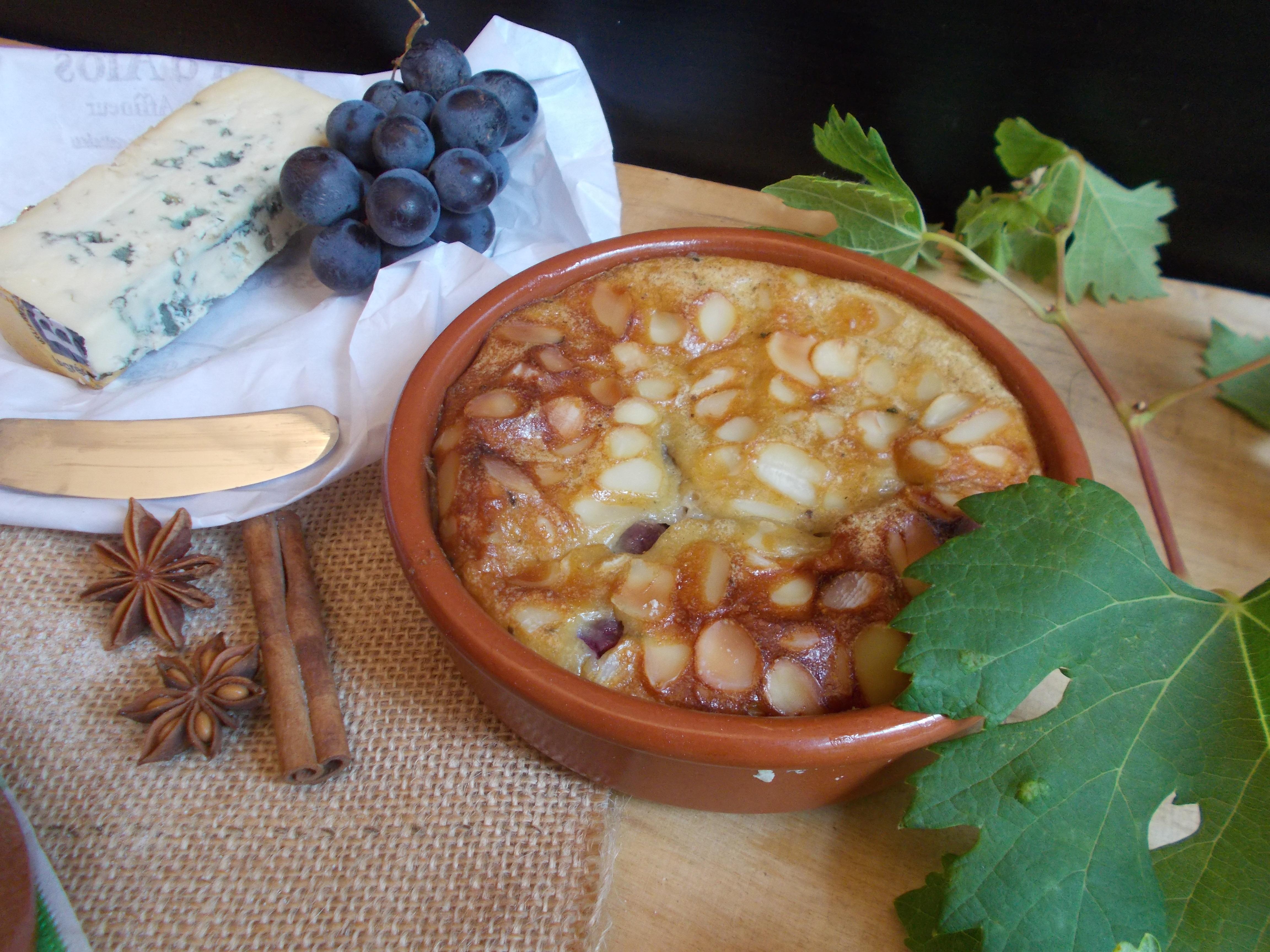 Clafoutis au raisin et bleu saveur pain d'épices