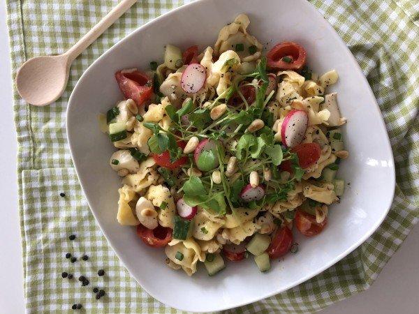 Salade croquante de tortellini