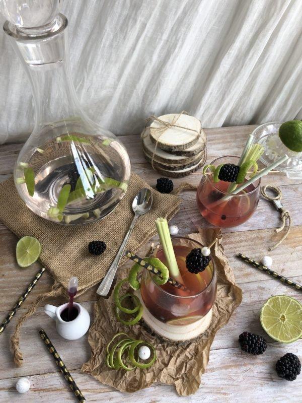 Gin au citron vert, citronnelle et mûre