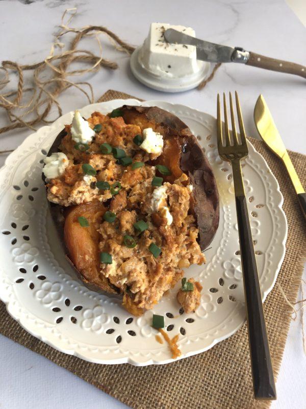 Patate douce rôtie à la merguez et chèvre frais