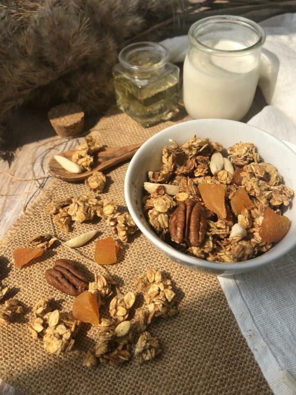 Granola abricot-amande-pécan [sans sucre,  ni matière grasse ajouté]