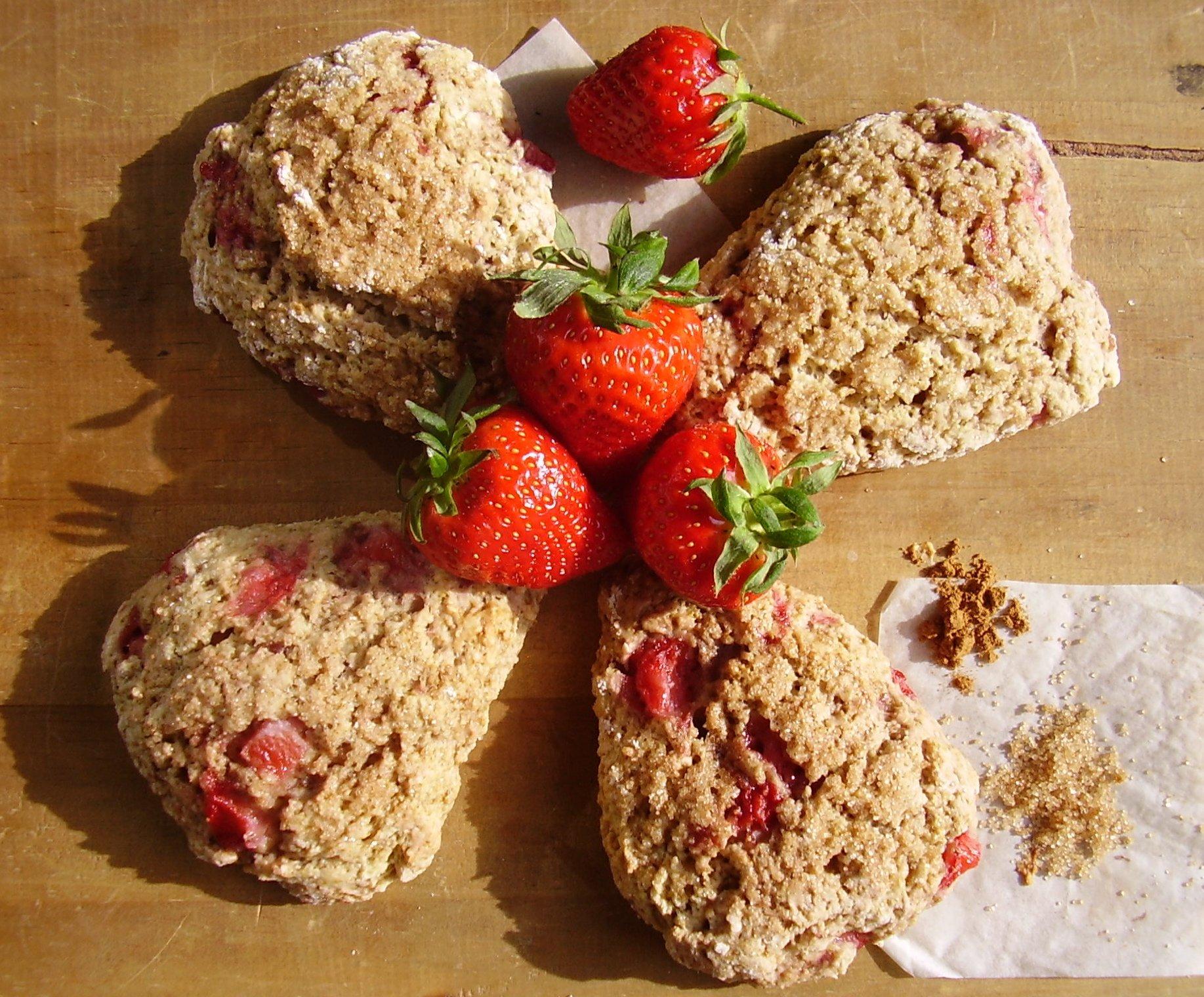 Scones fraise-cannelle
