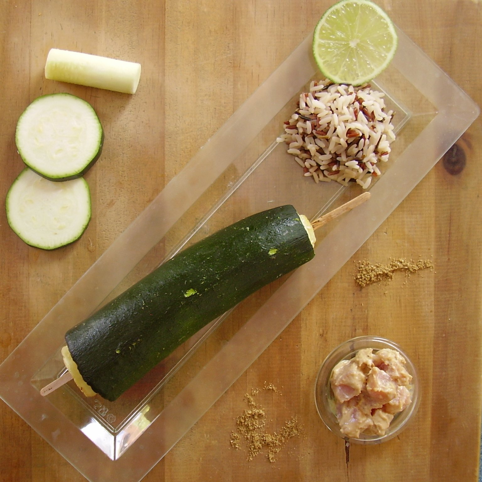 Brochette de courgette surprise (alias courgette farcie au porc sauce satay)