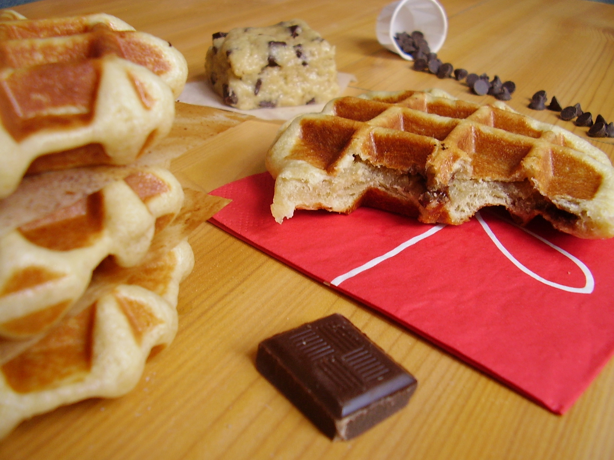 CookieWaf : la waffine fourrée à la pâte à cookie !