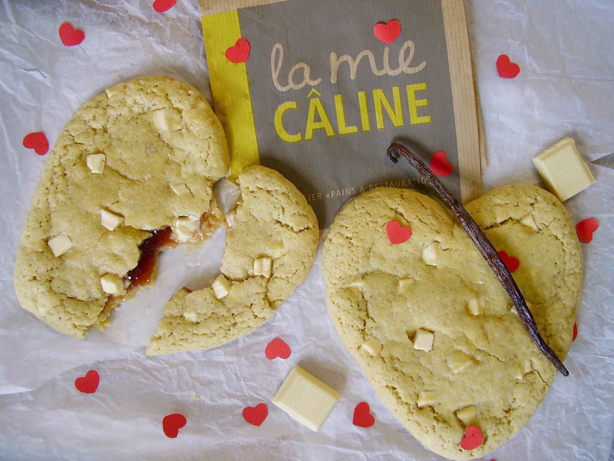 Cookie coeur tendre, chocolat blanc-coeur framboise [Mie Câline & Saint-Valentin]