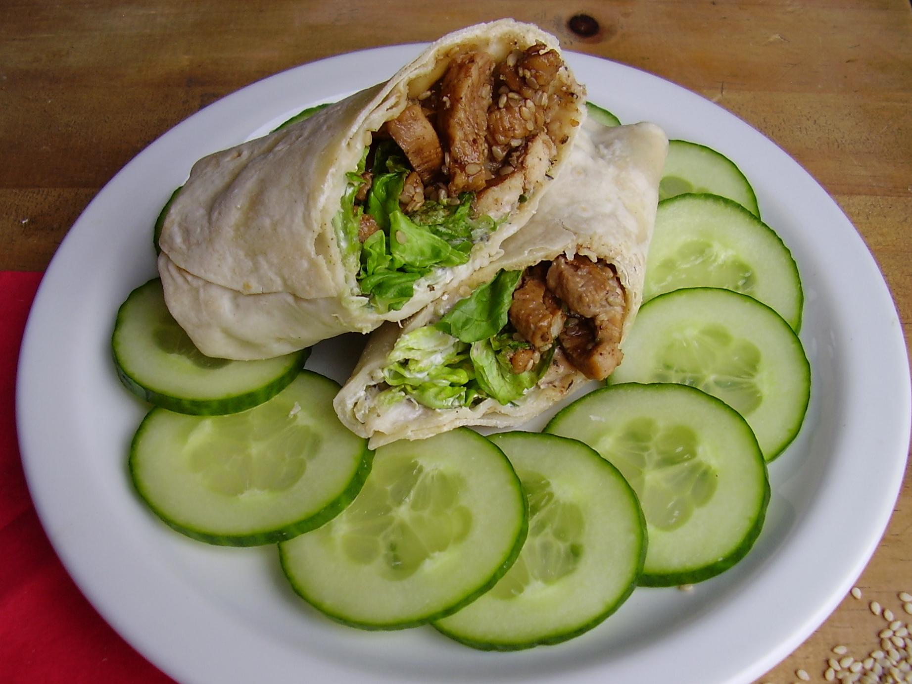 Wrap poulet caramel et tzatziki