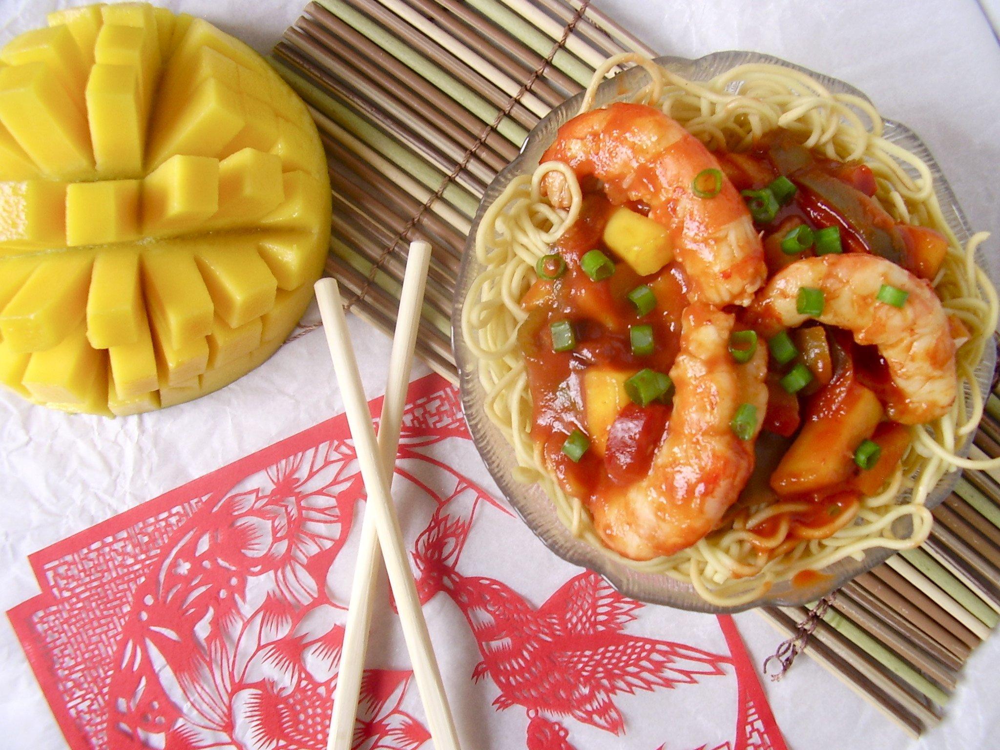 Crevettes sauce aigre douce à la mangue