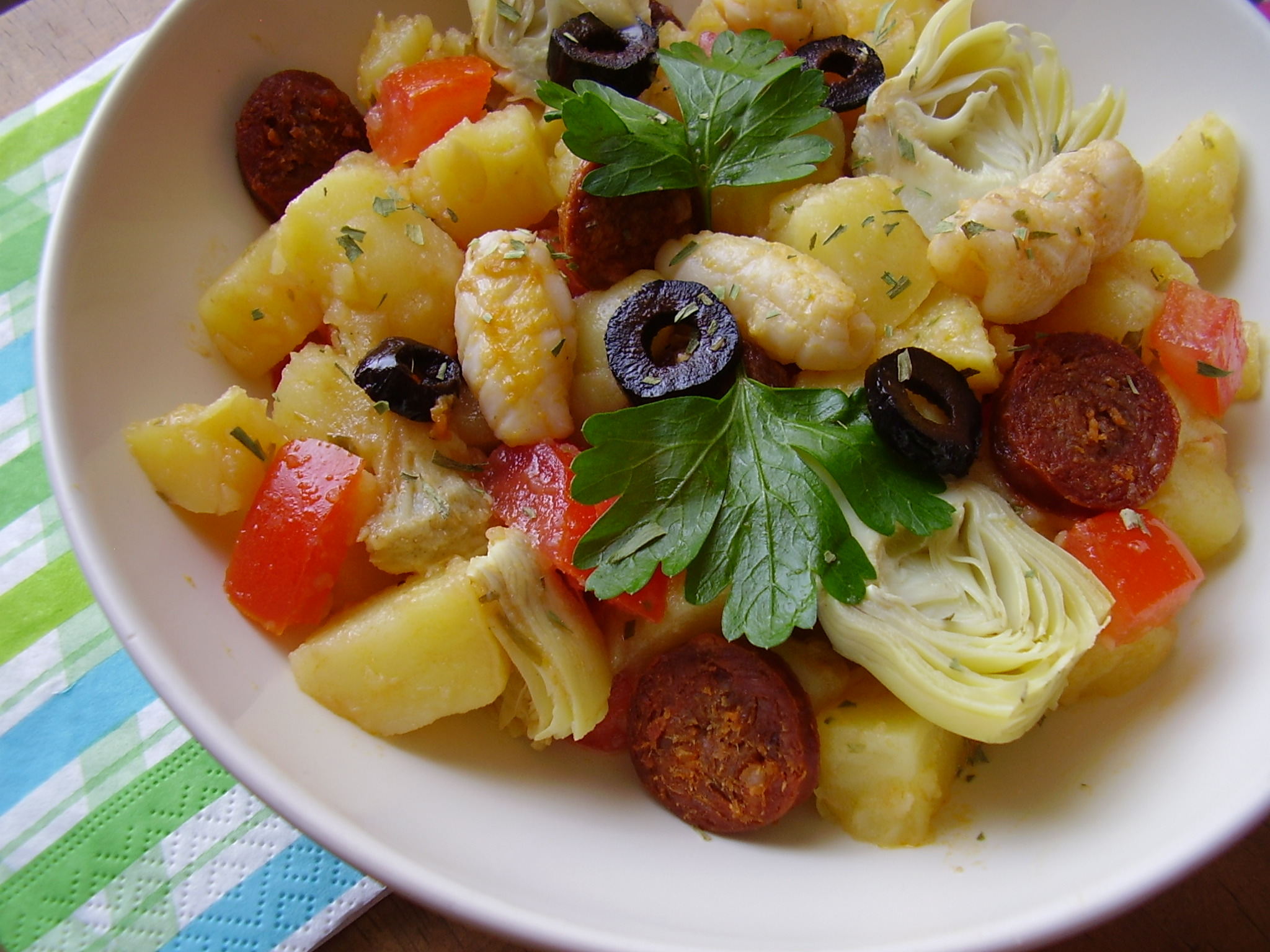 Salade piémontaise revisitée (calamar, chorizo et artichaut)