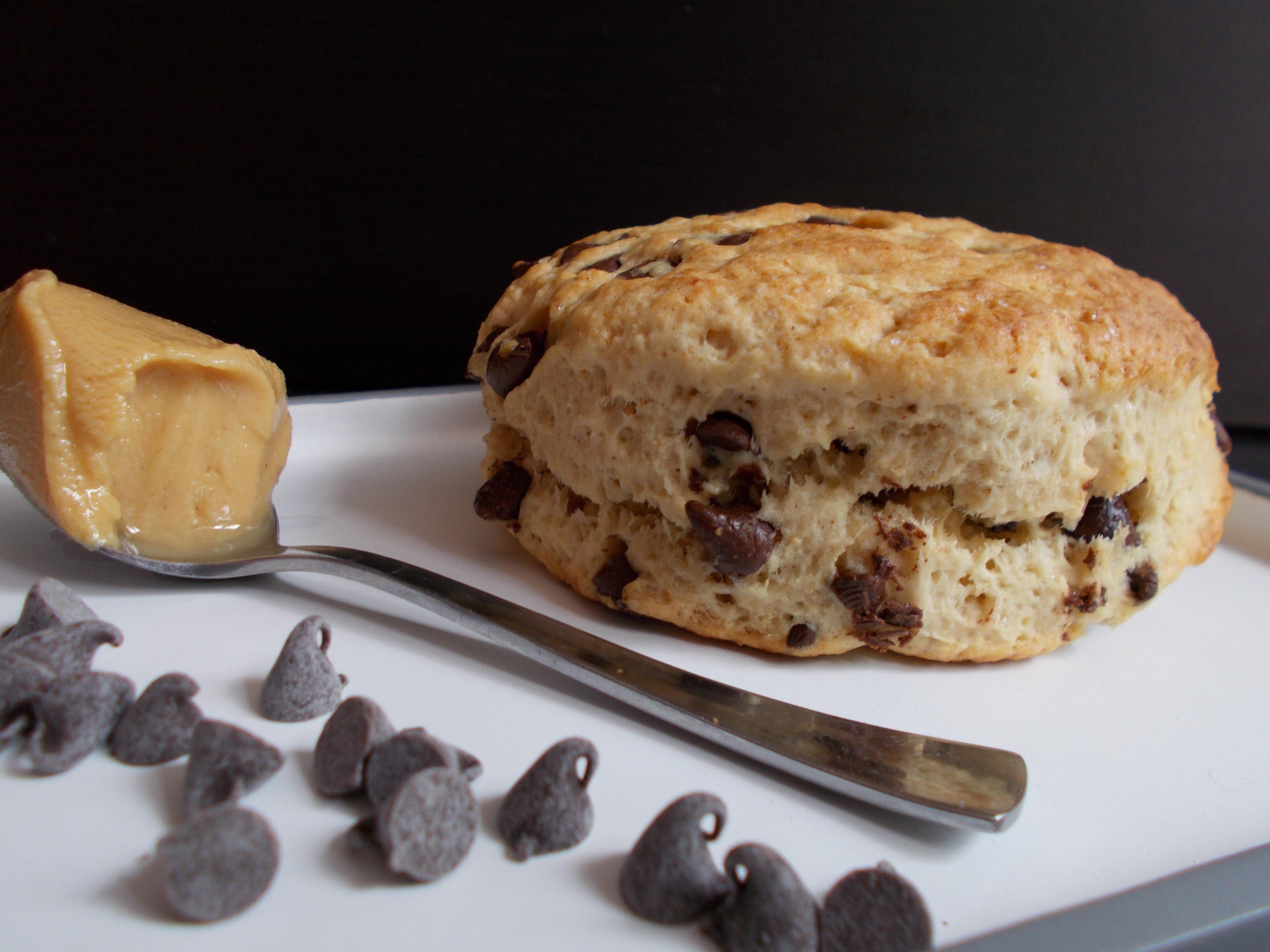 Scones beurre de cacahuète et pépites de chocolat