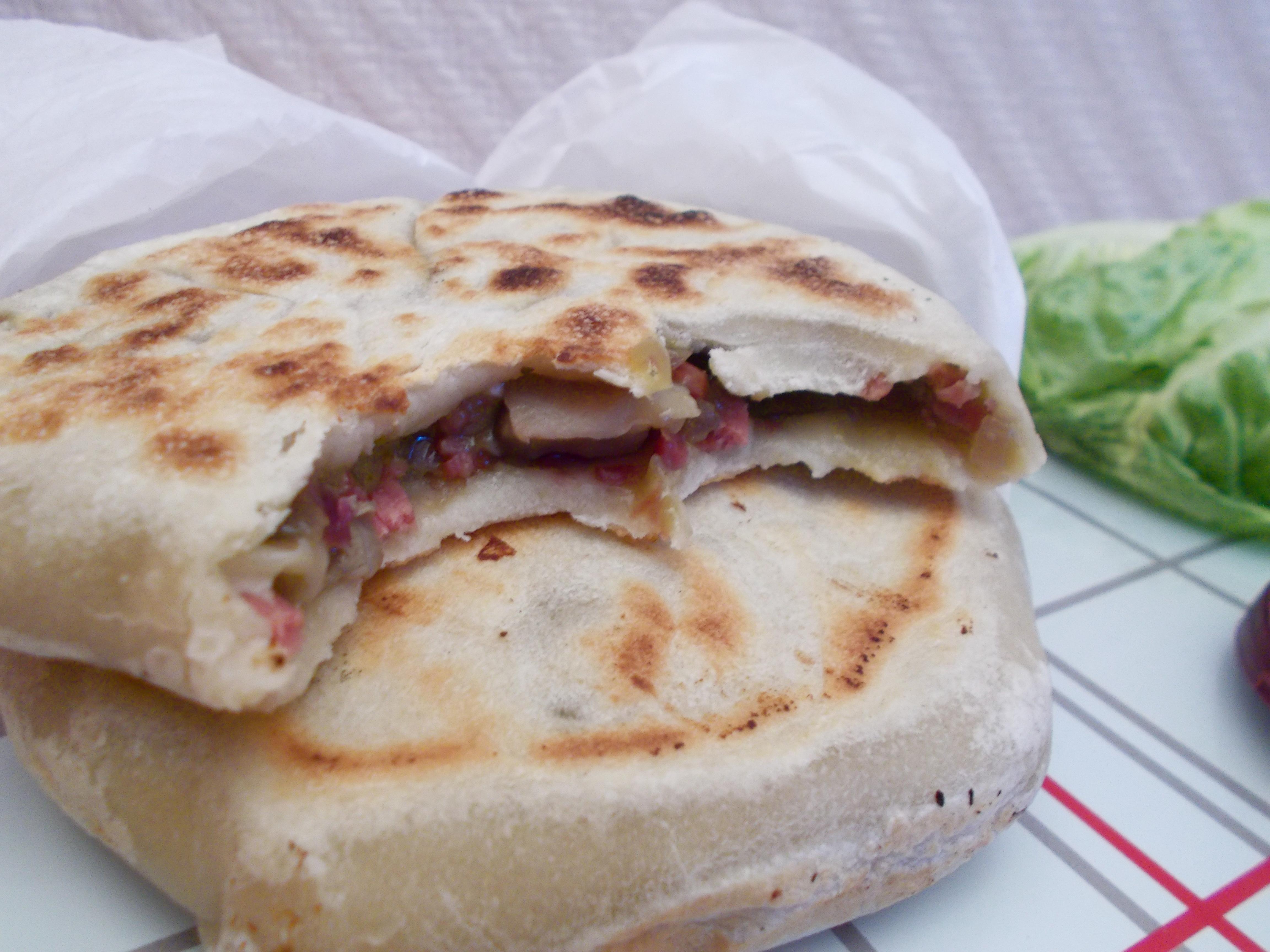 Pancake Sher Ping (bacon-champignon-guacamole et parmesan)