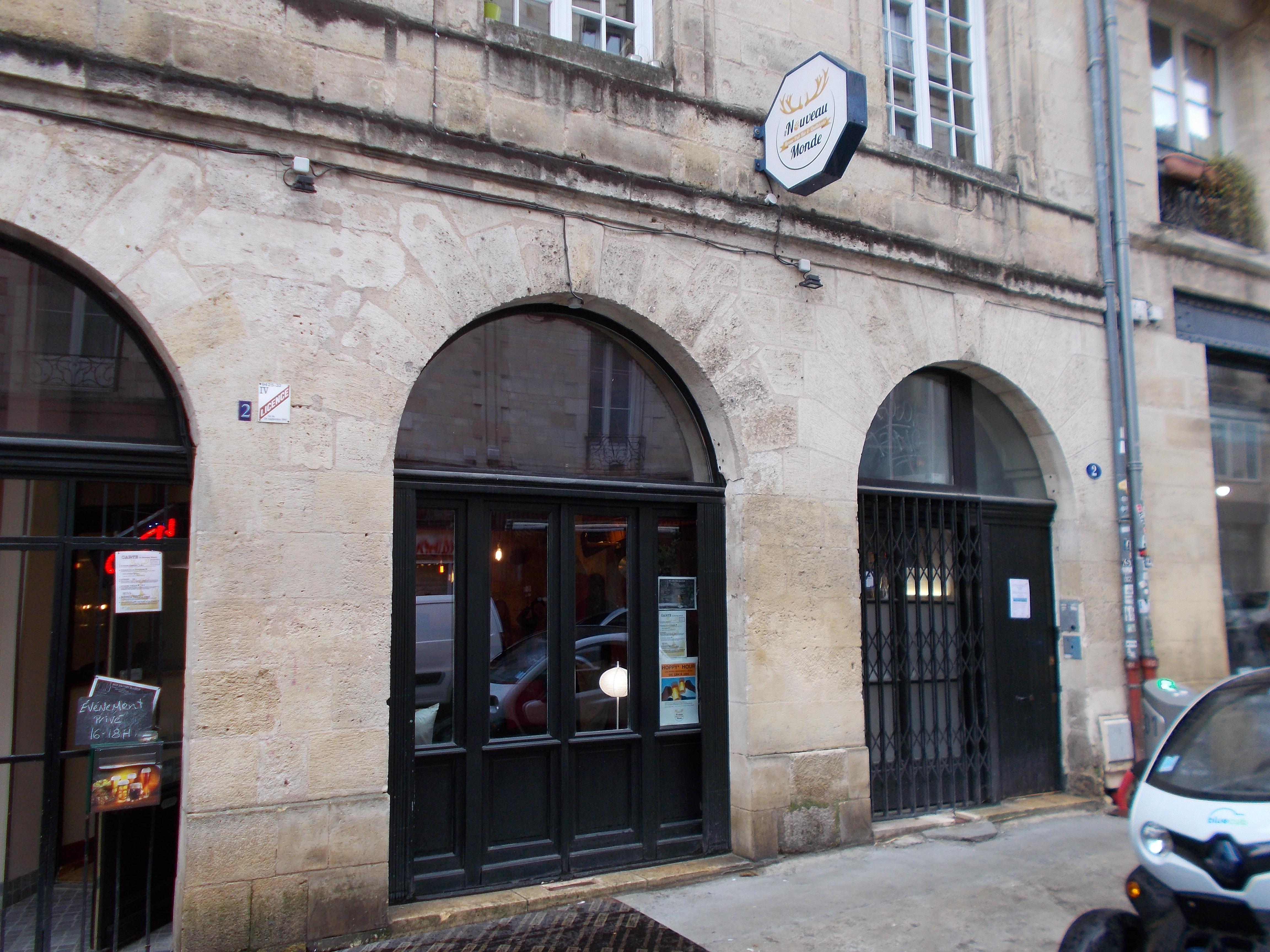 Au nouveau monde : l'unique micro-brasserie québecoise !