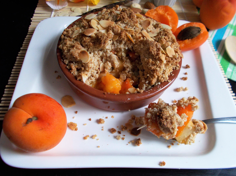 Crumble d'abricots à l'amande [vegan et sans gluten]