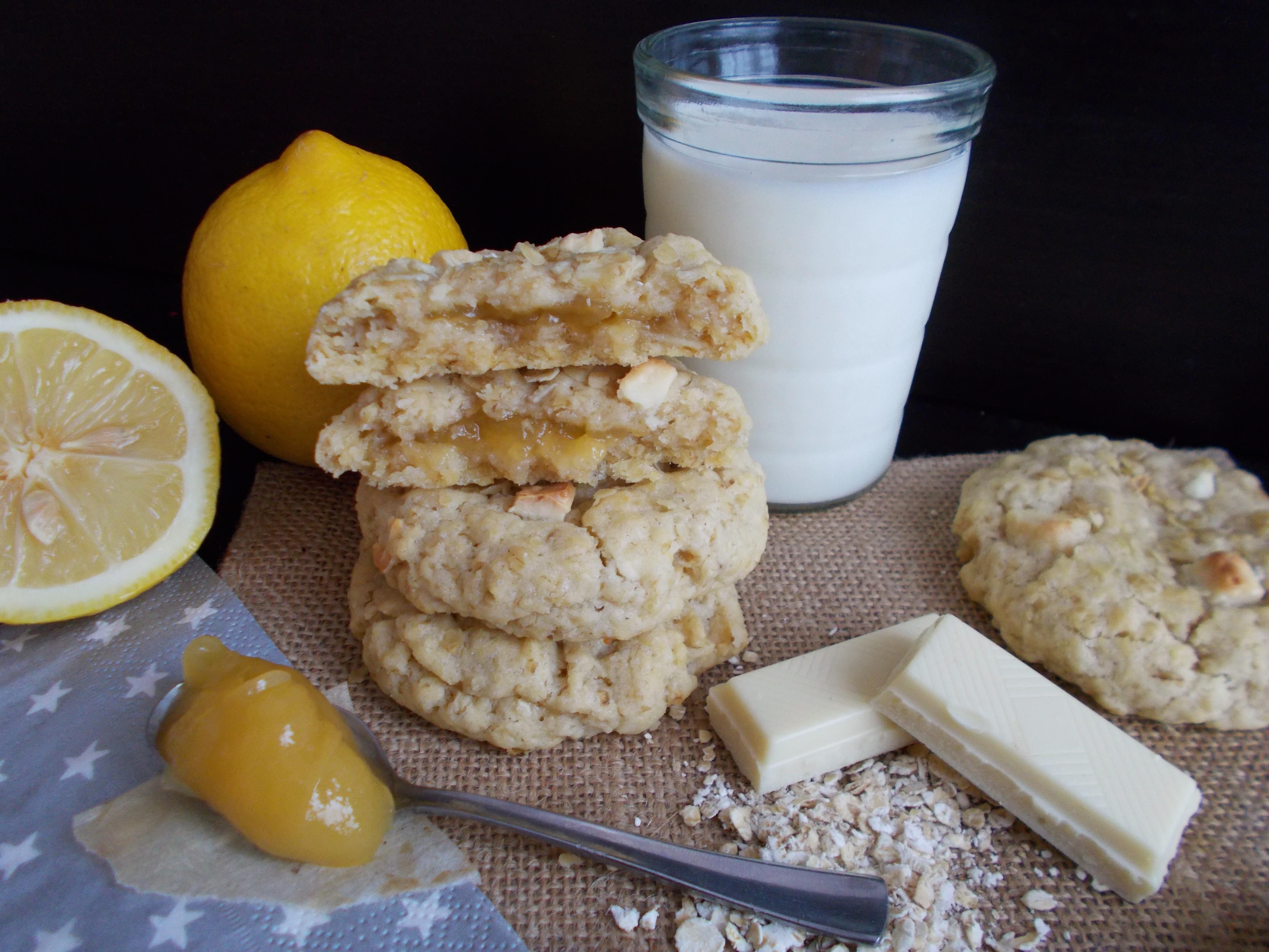 Cookies aux flocons d'avoine fourrés au lemon curd