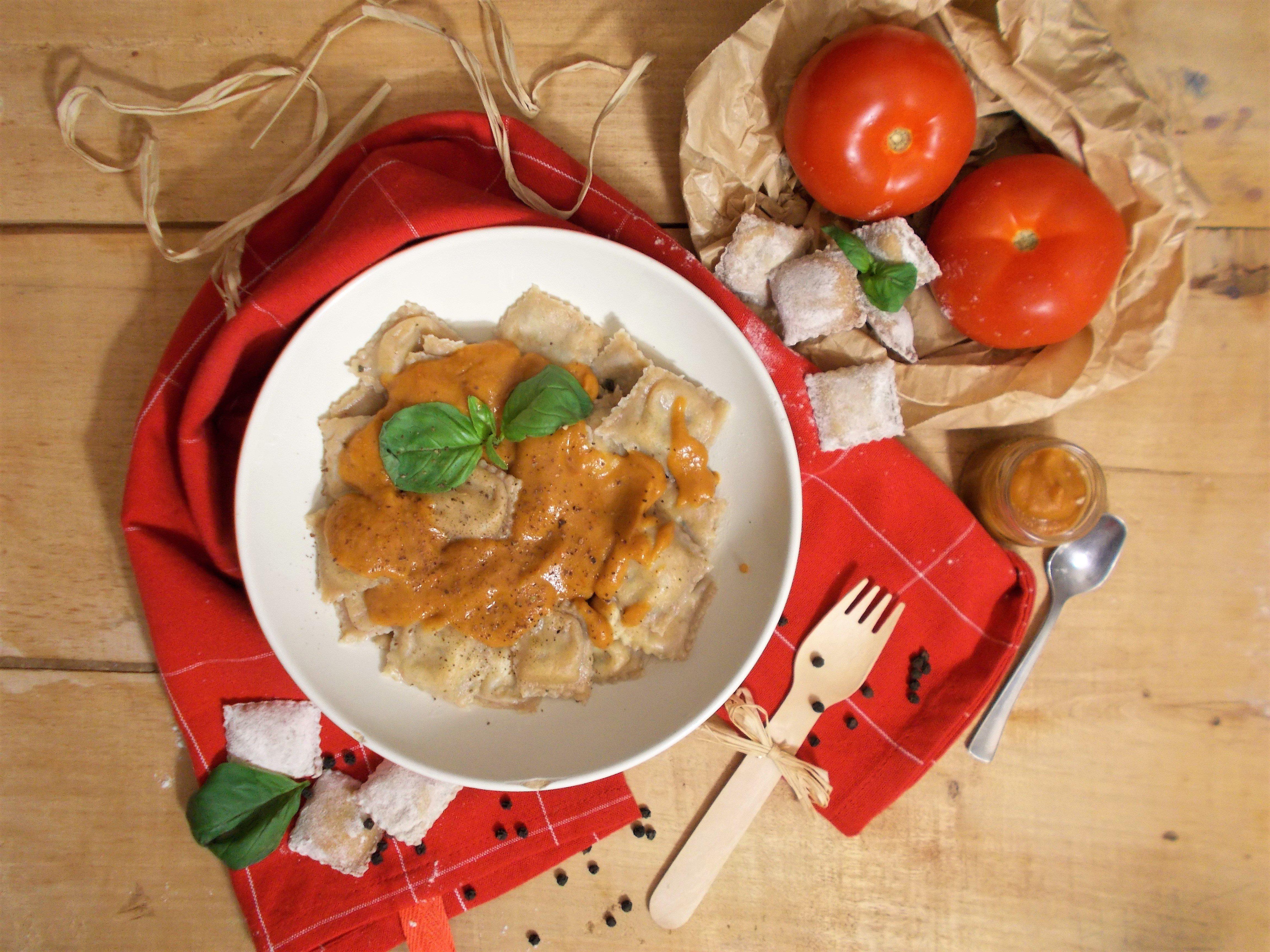 Raviolis mozzarella-basilic