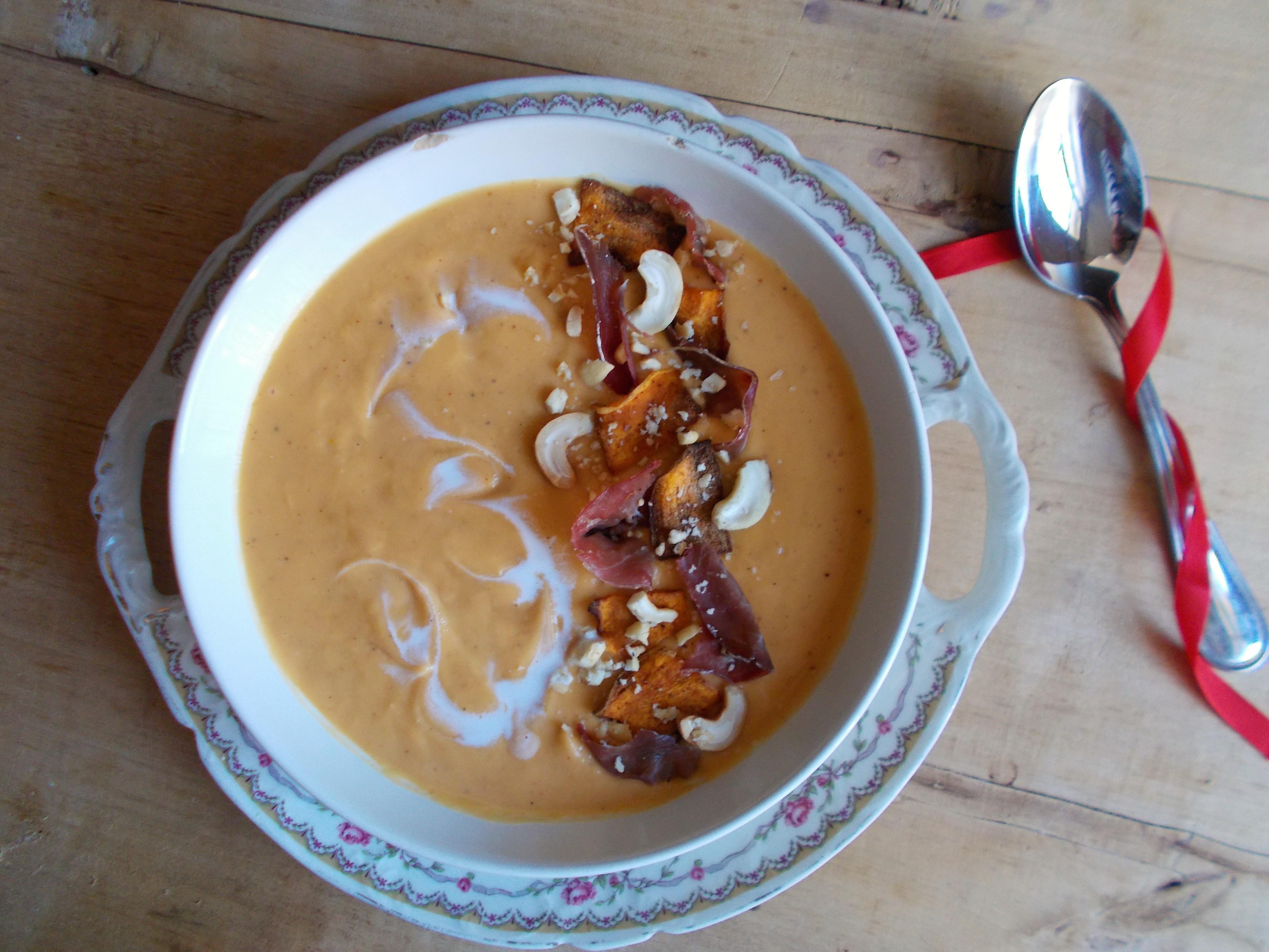 Velouté de patate douce au lait de coco et épices cajun