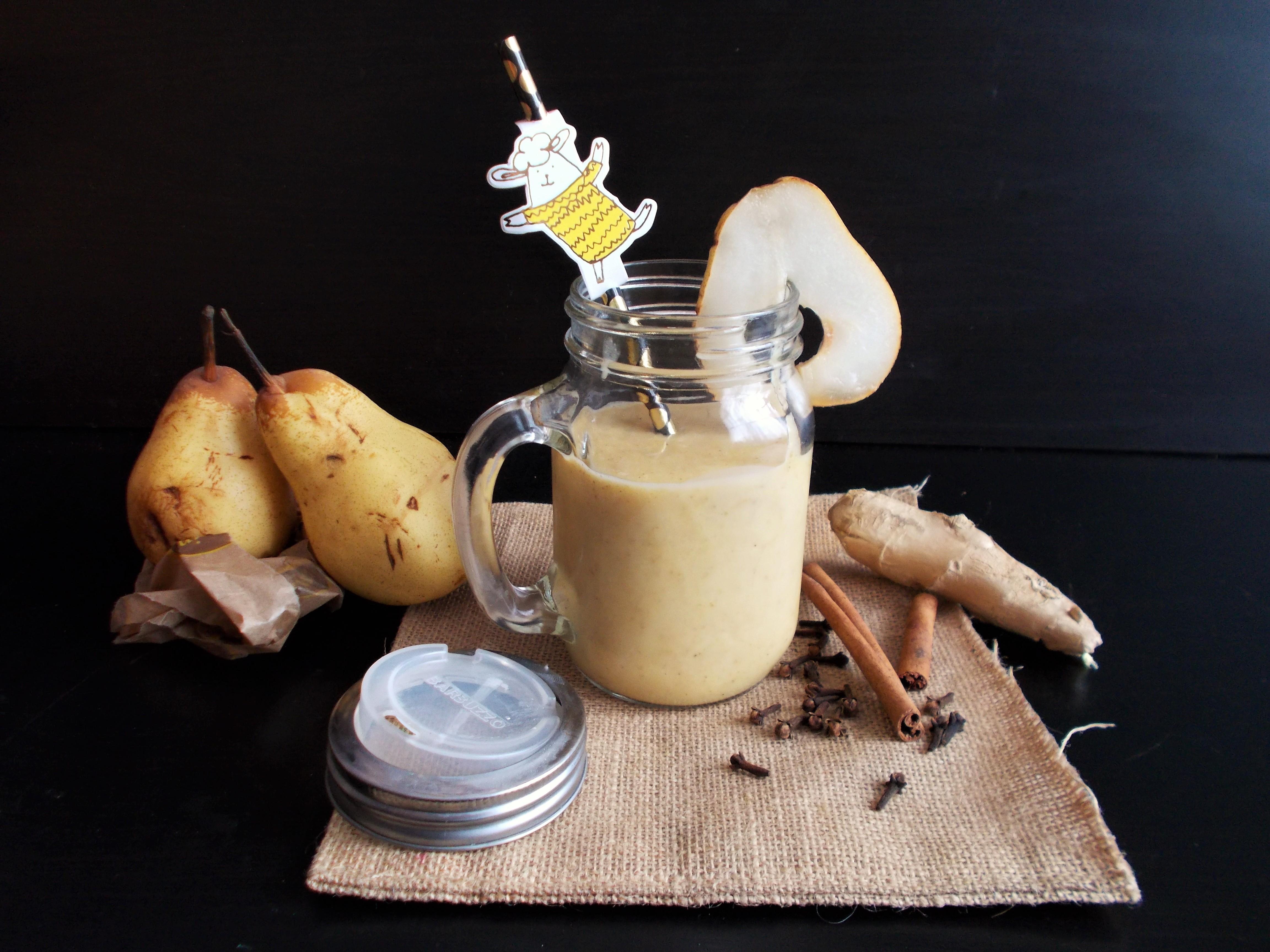 Brunch dominical #7 : lait d'or à la poire et amande