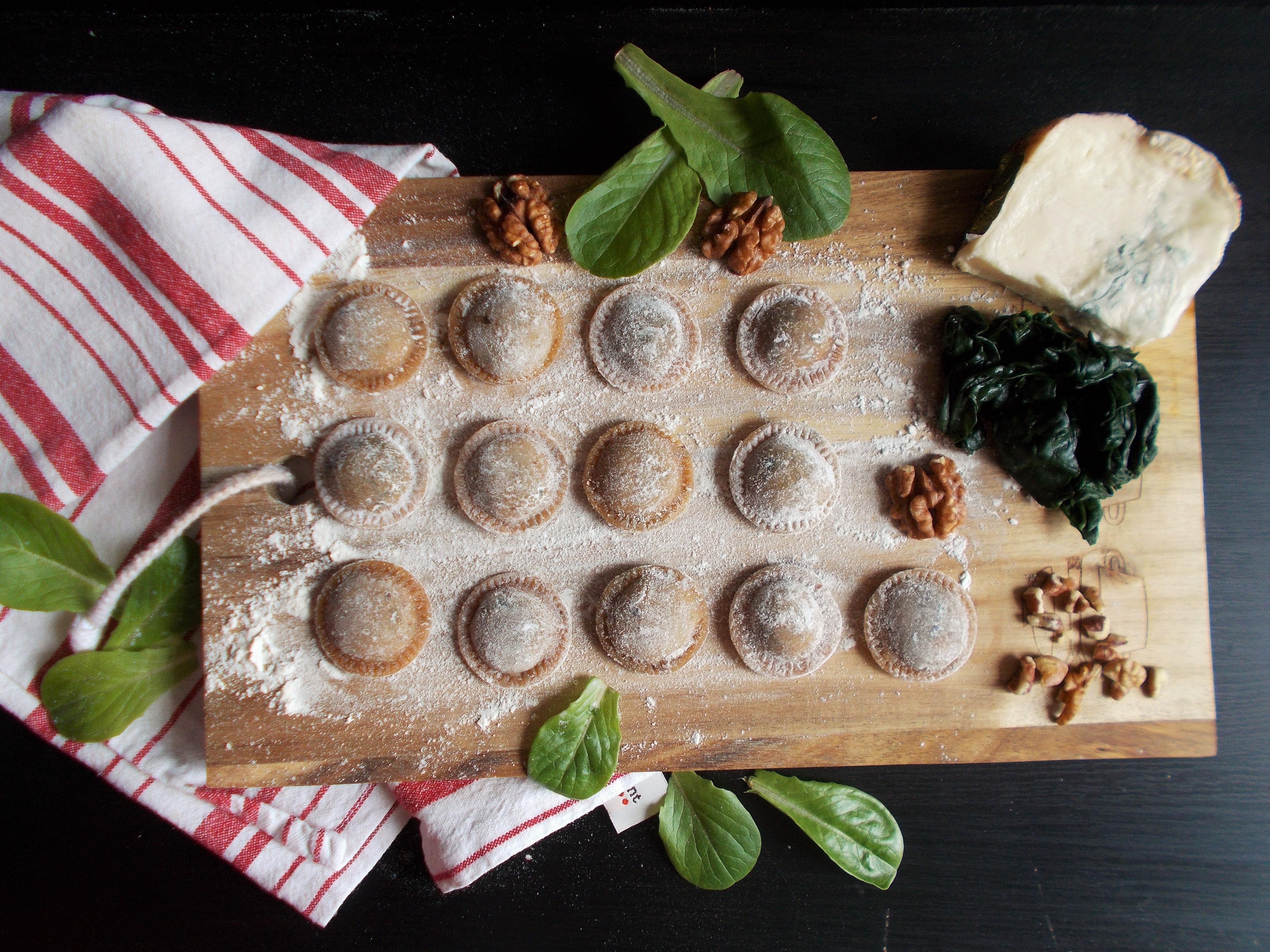Raviolis aux épinards, noix et gorgonzola