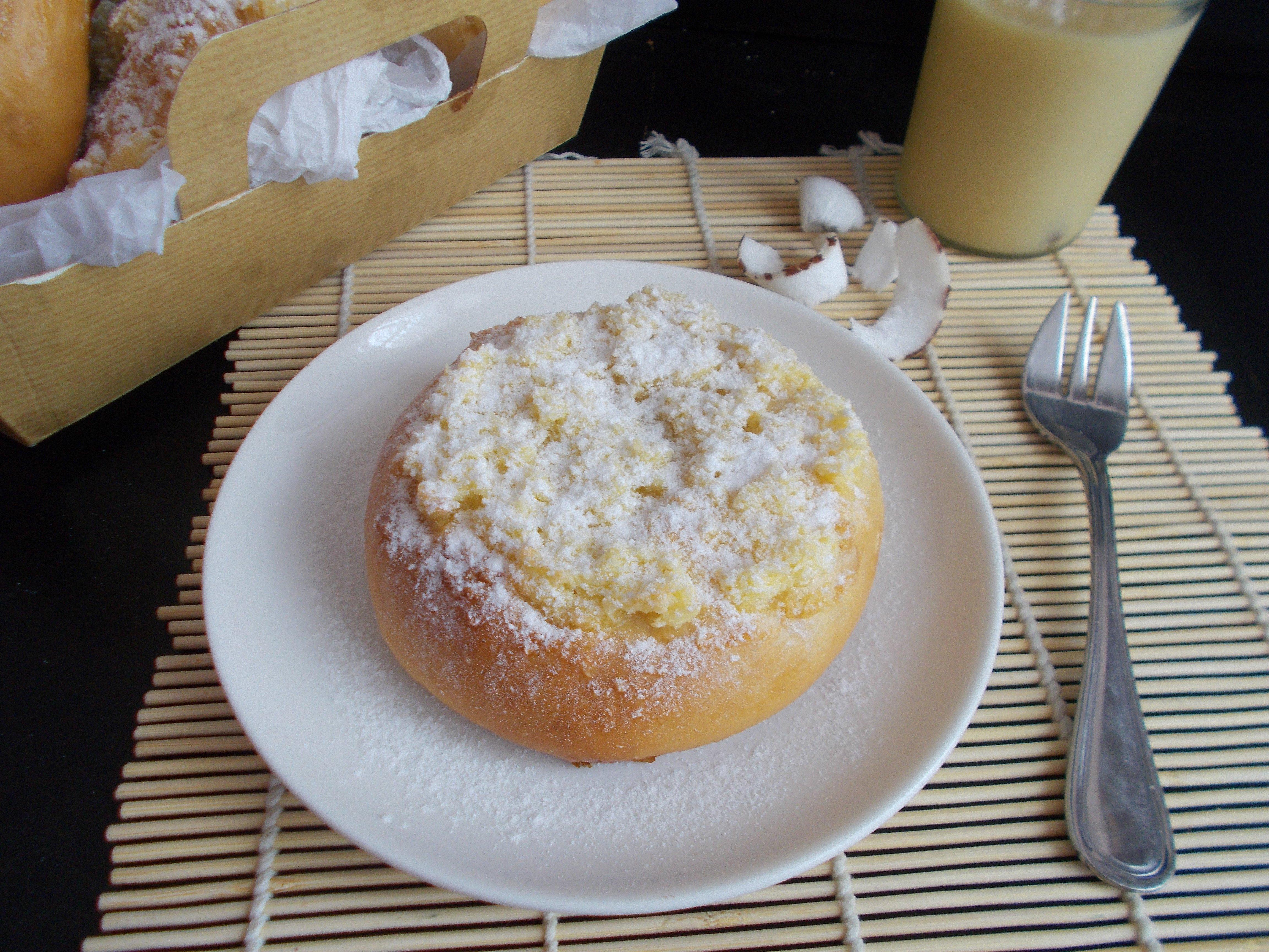 Pao de Deus : brioche portugaise à la noix de coco