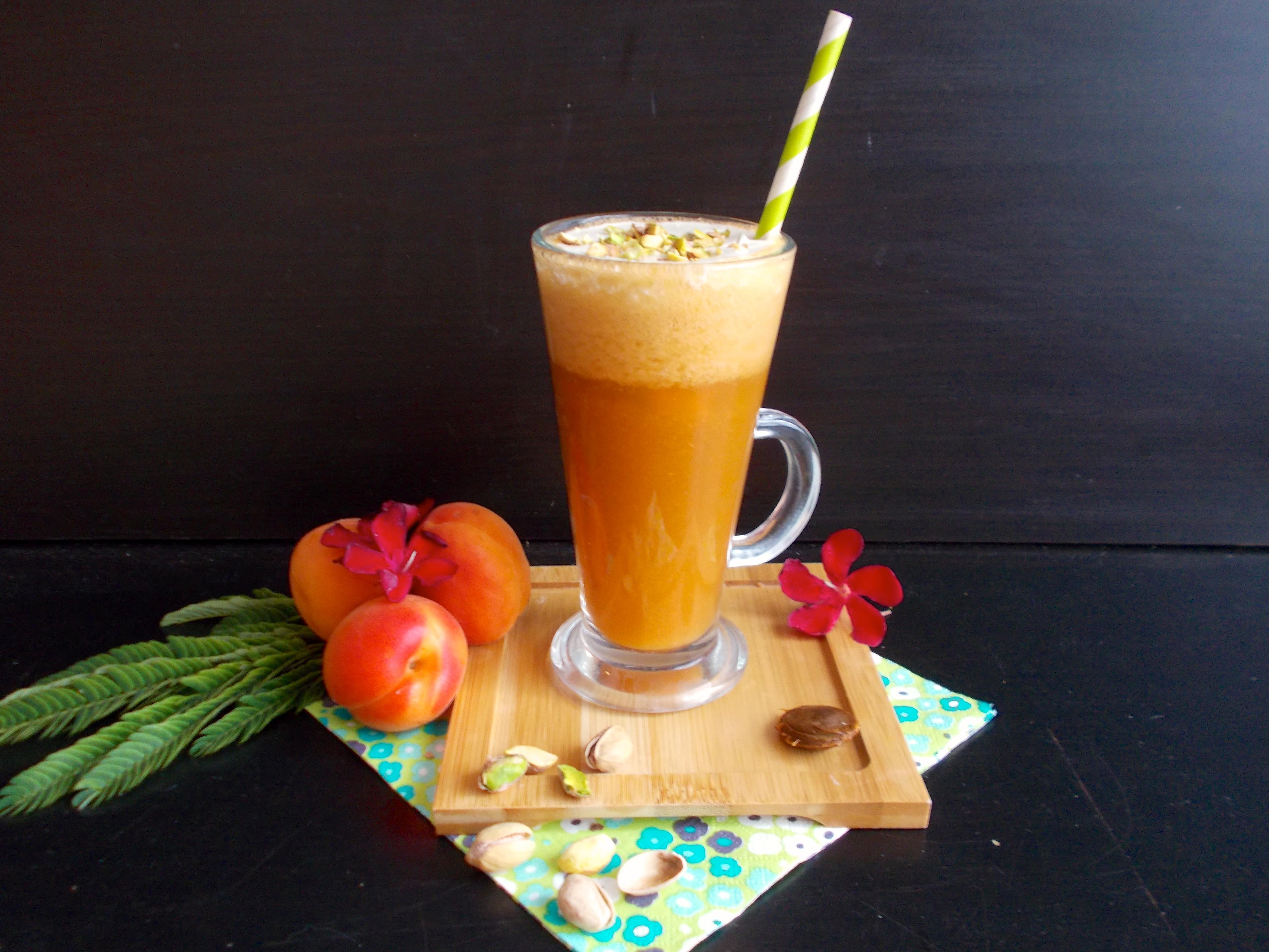Cappuccino d'abricot au romarin