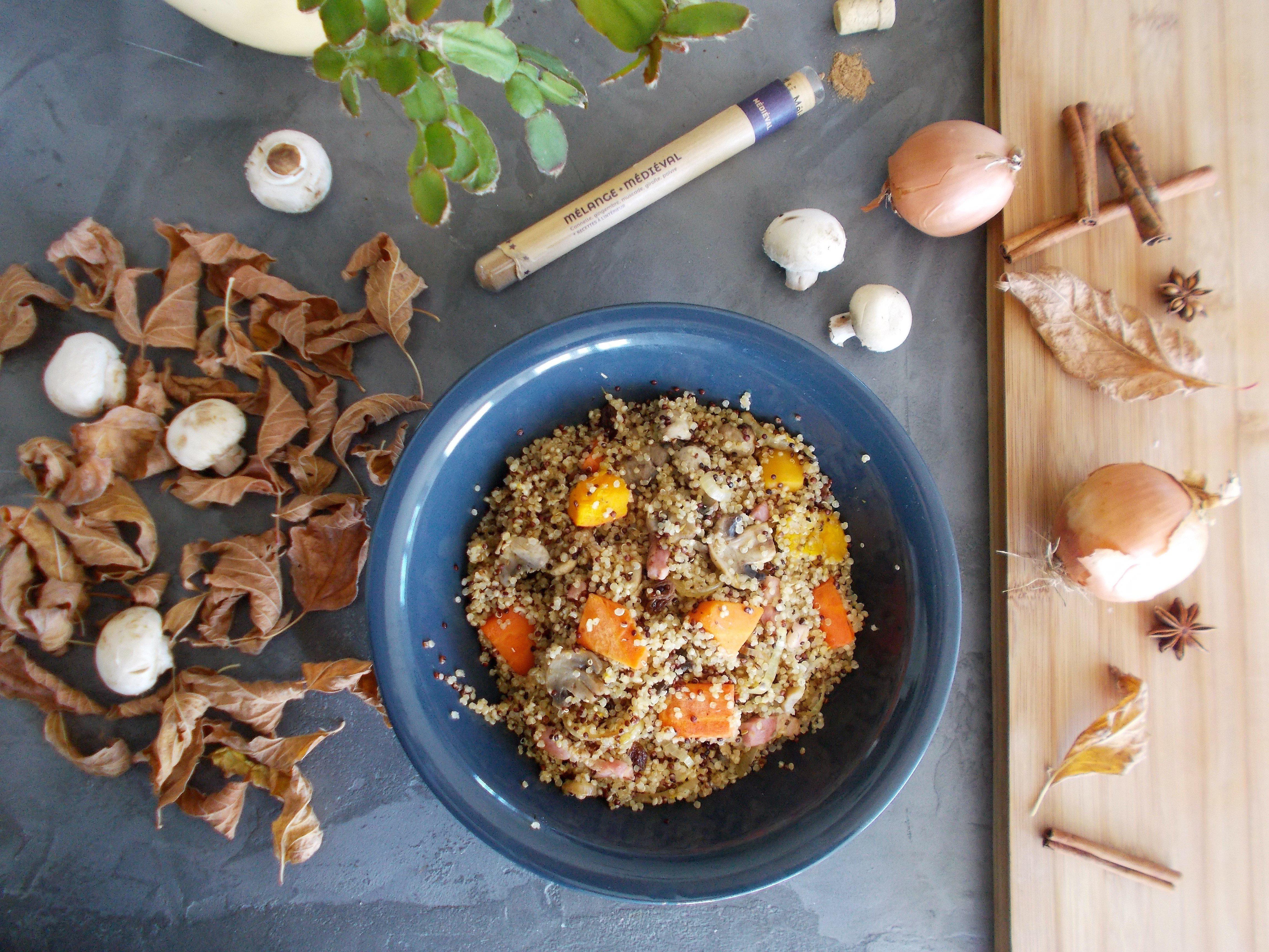 Quinoa d'automne : potimarron, champignon et raisin secs