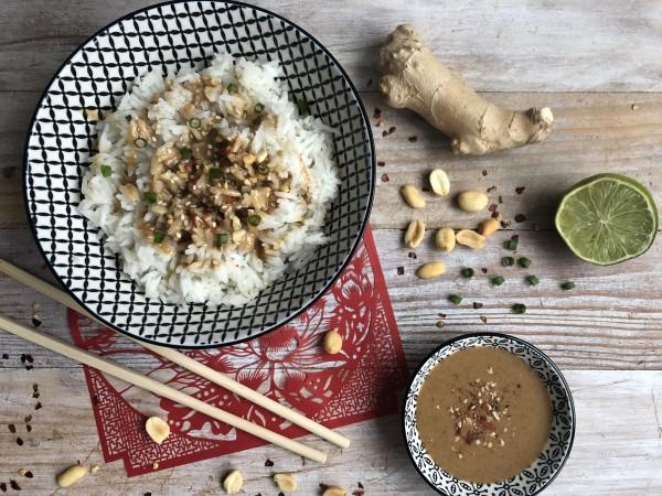 Sauce cacahuète et sésame pour riz blanc [Knees to Chin]