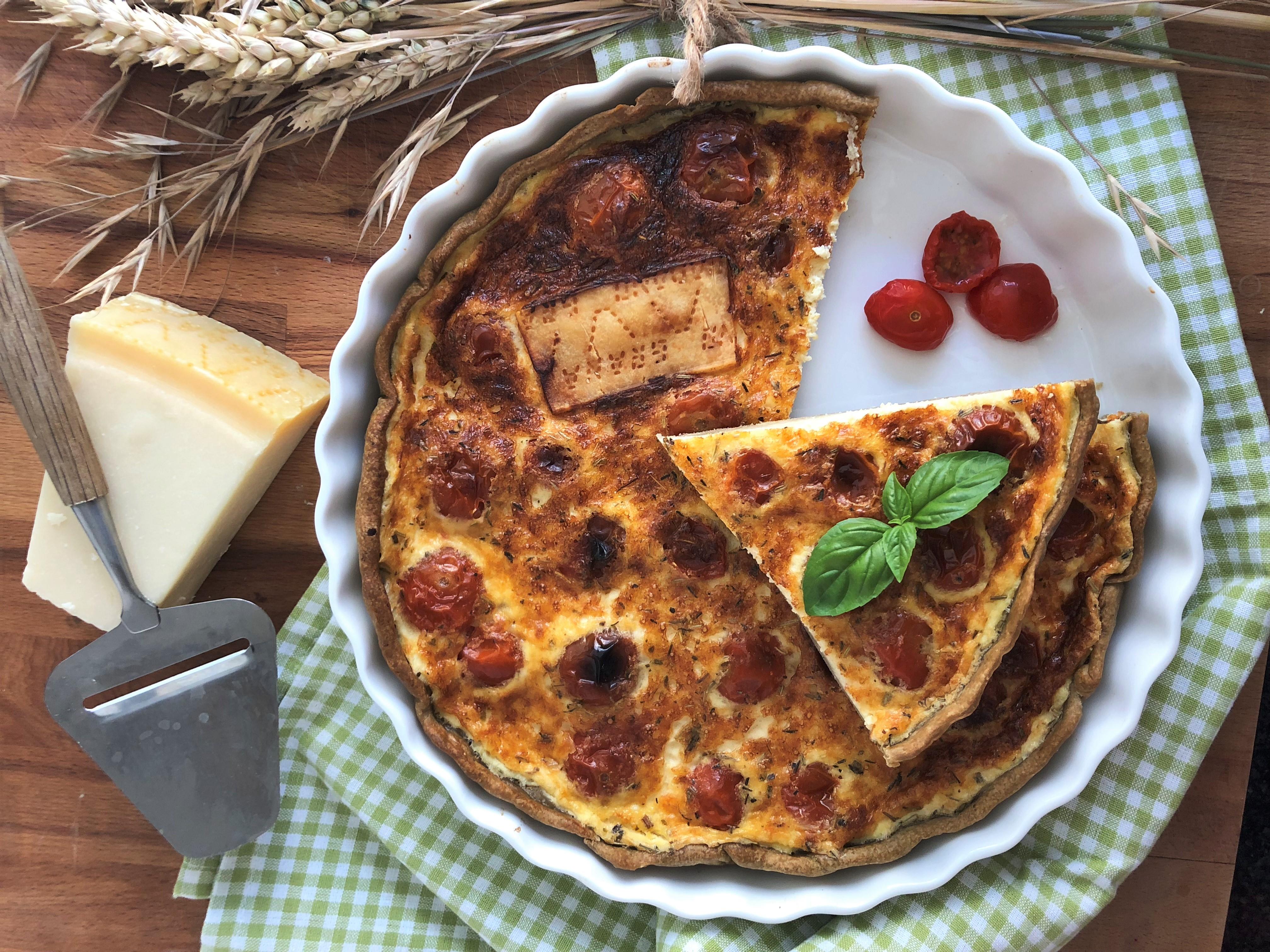 Quiche au parmesan et tomates séchées