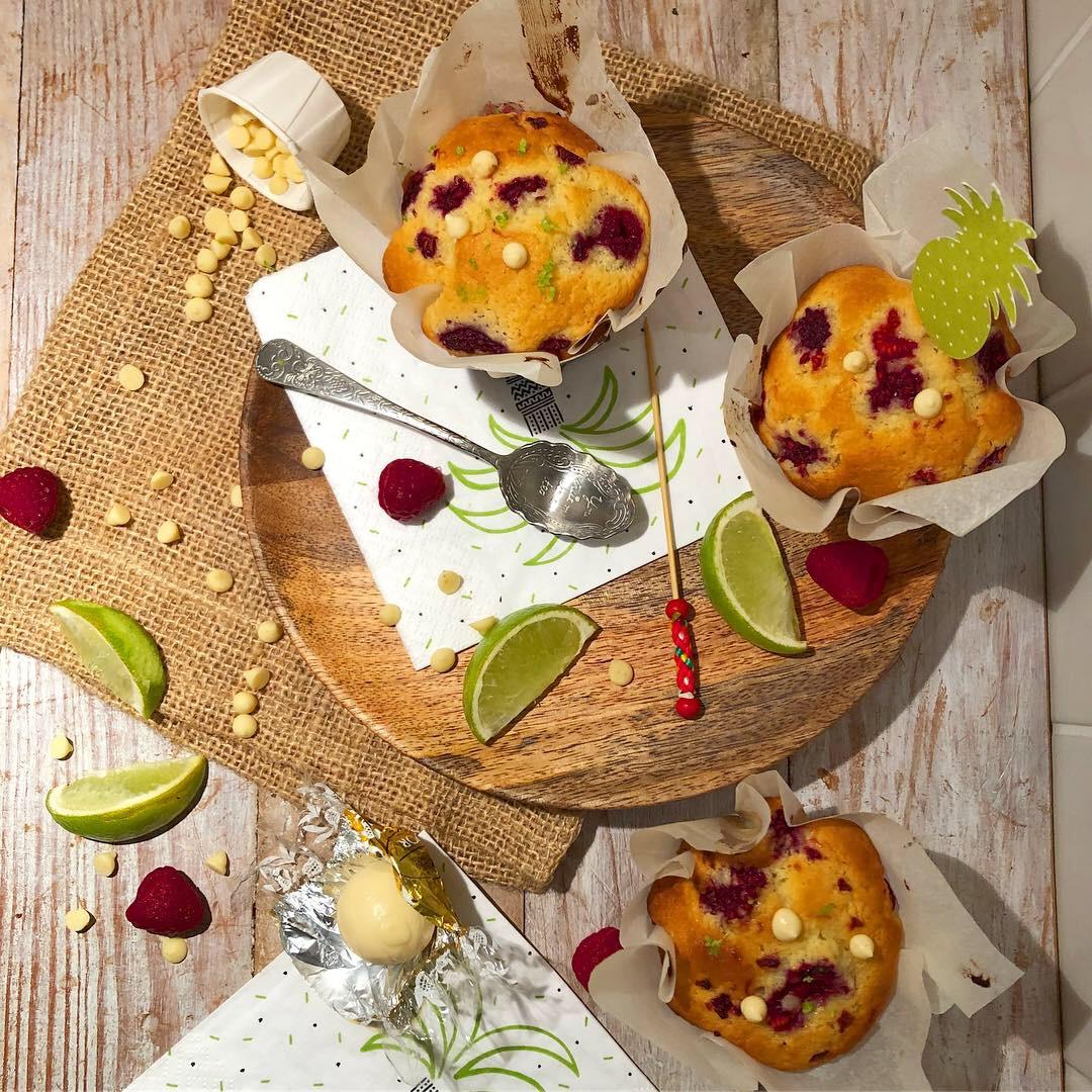 Muffin au chocolat blanc, framboise et citron vert