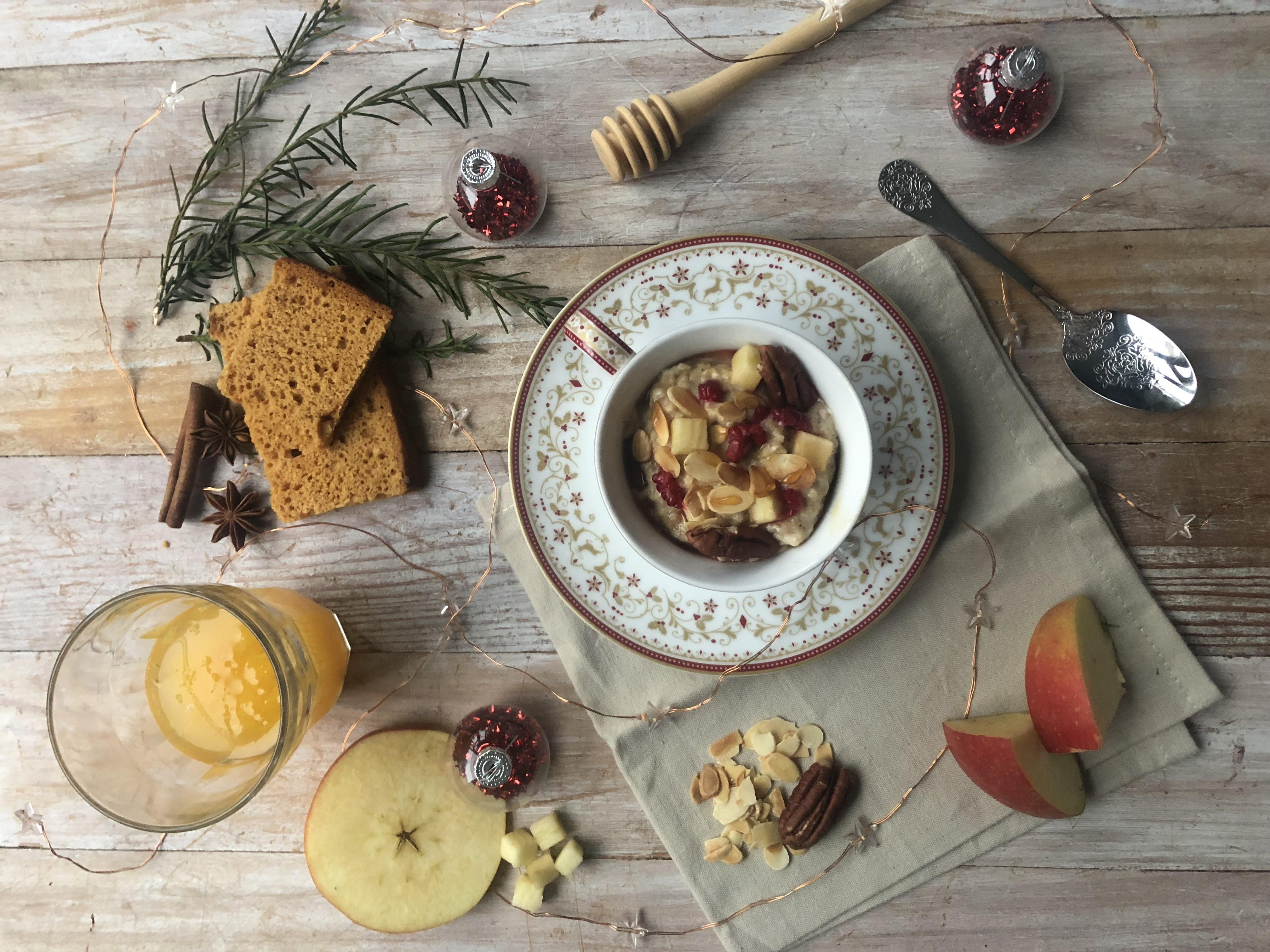 Porridge de Noël (pain d'épice, pomme et amande)