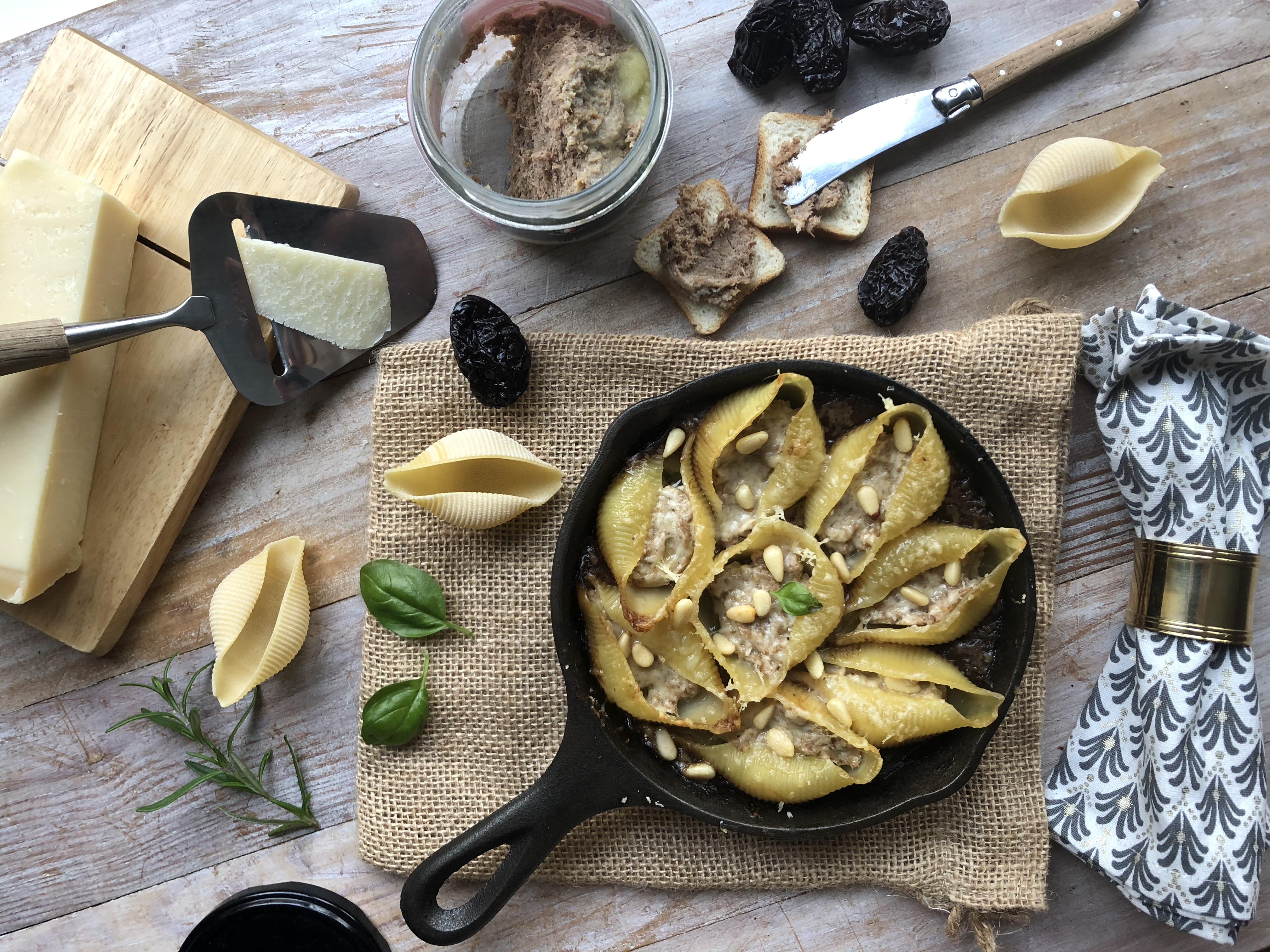 Conchiglioni aux rillettes de canard, sauce aux pruneaux